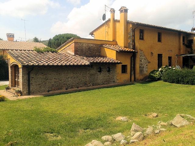 Rustico / Casale in vendita a Vinci, 7 locali, zona Zona: Vitolini, prezzo € 450.000   Cambio Casa.it