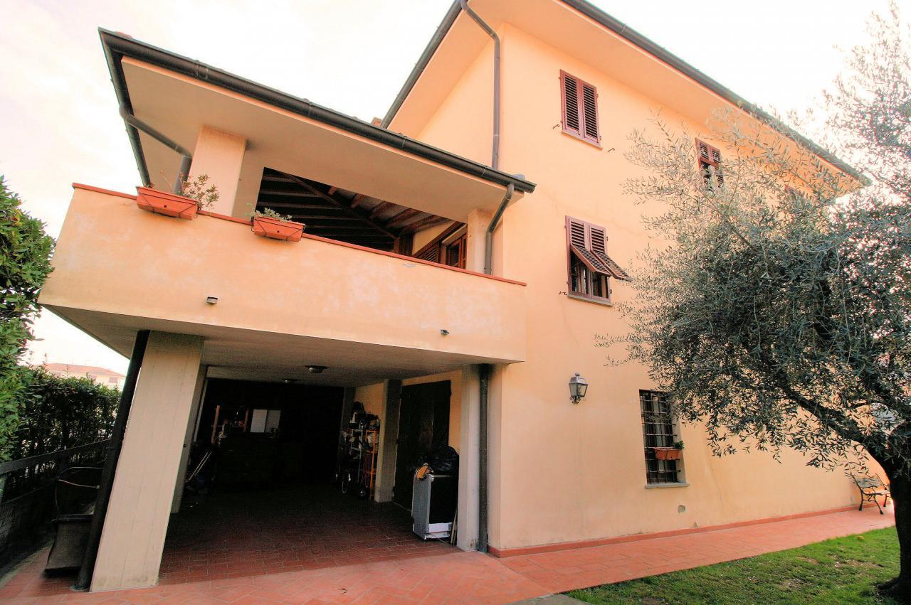 Rustico / Casale in vendita a Pescia, 9 locali, zona Zona: Alberghi, prezzo € 255.000 | CambioCasa.it