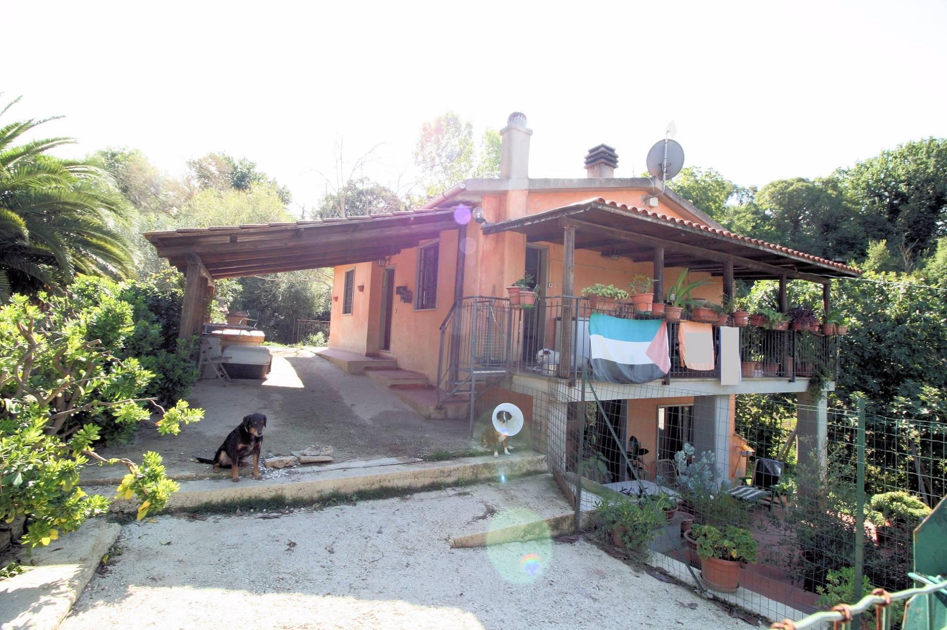 Villa in vendita a Manciano, 7 locali, zona Zona: Montemerano, prezzo € 295.000 | Cambio Casa.it