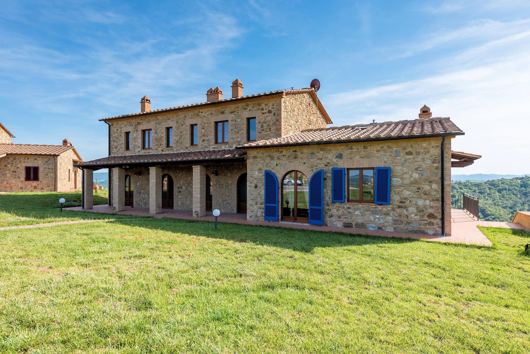 Appartamento in vendita a Volterra, 6 locali, prezzo € 230.000 | CambioCasa.it