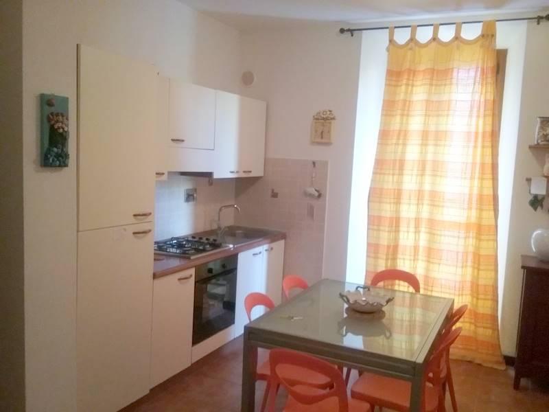 Appartamento in vendita a Follonica, 4 locali, prezzo € 235.000 | CambioCasa.it