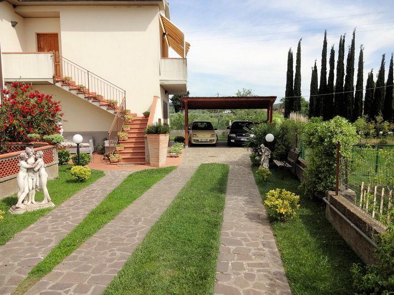 Soluzione Indipendente in vendita a Massa Marittima, 6 locali, zona Zona: Valpiana, prezzo € 390.000 | CambioCasa.it