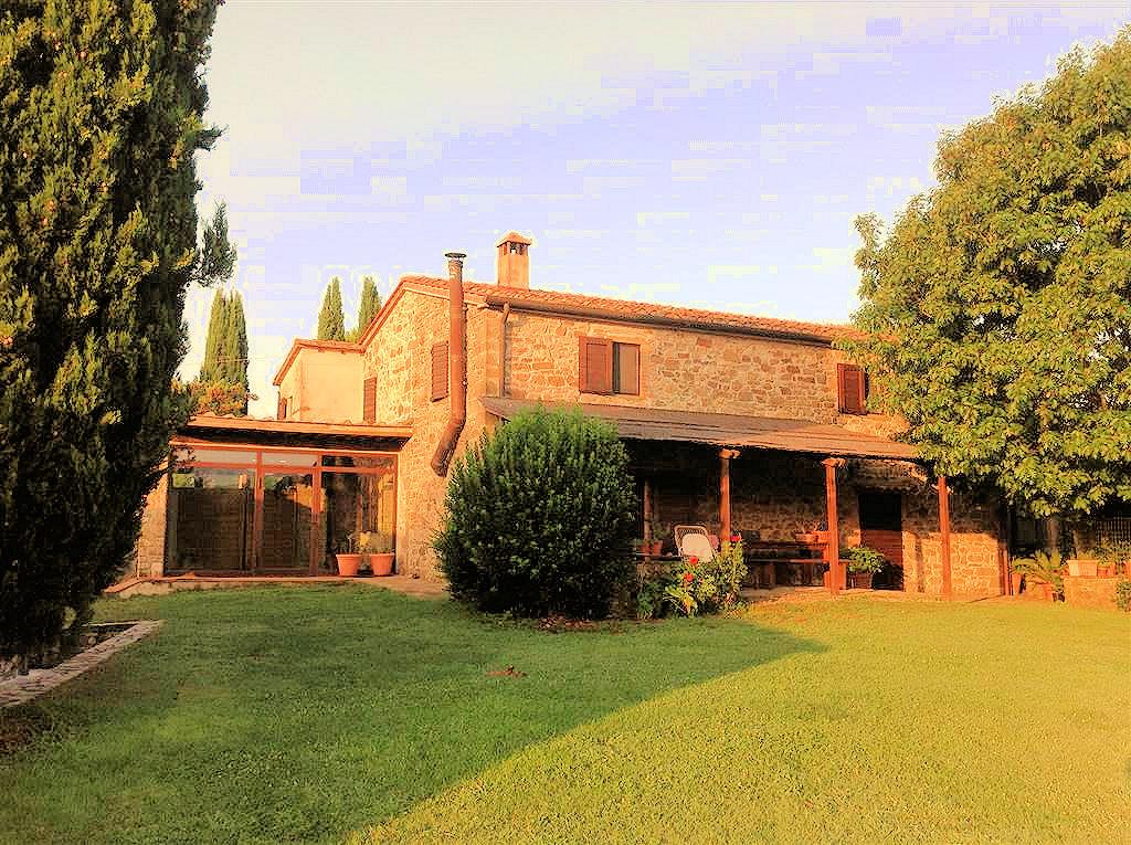 Rustici e casali in vendita a magliano in toscana for Luddui case vendita