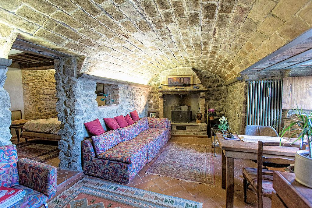 Appartamento in Vendita a Montecatini Val di Cecina