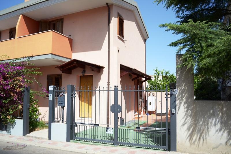 Bilocale Cagliari Via Is Corrias 3