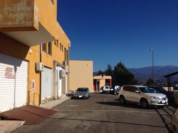 Negozio / Locale in vendita a Castrolibero, 9999 locali, prezzo € 70.000 | Cambio Casa.it
