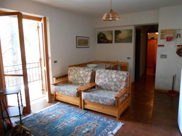 Appartamento in vendita a Spezzano della Sila, 4 locali, zona Località: CamigliatelloSilano, prezzo € 45.000 | Cambio Casa.it