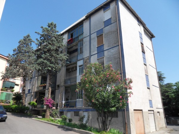 Appartamento in vendita a Cosenza, 7 locali, prezzo € 95.000 | Cambio Casa.it