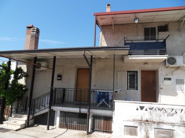 Appartamento in vendita a Rende, 6 locali, zona Zona: Quattromiglia, prezzo € 80.000 | Cambio Casa.it