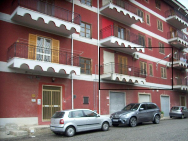 Appartamento in vendita a Crosia, 6 locali, prezzo € 75.000 | Cambio Casa.it