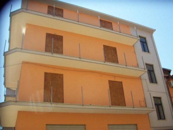 Appartamento in vendita a Crosia, 5 locali, prezzo € 55.000 | Cambio Casa.it
