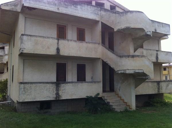 Appartamento in Vendita a Fiumefreddo Bruzio