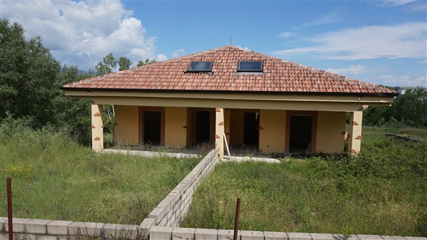 Villa in vendita a Rende, 10 locali, prezzo € 450.000 | Cambio Casa.it
