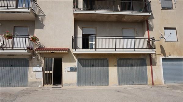 Appartamento in vendita a Spezzano della Sila, 6 locali, prezzo € 69.000 | Cambio Casa.it