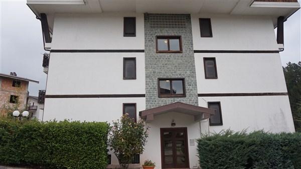 Appartamento in vendita a Spezzano della Sila, 3 locali, zona Località: CamigliatelloSilano, prezzo € 70.000 | CambioCasa.it