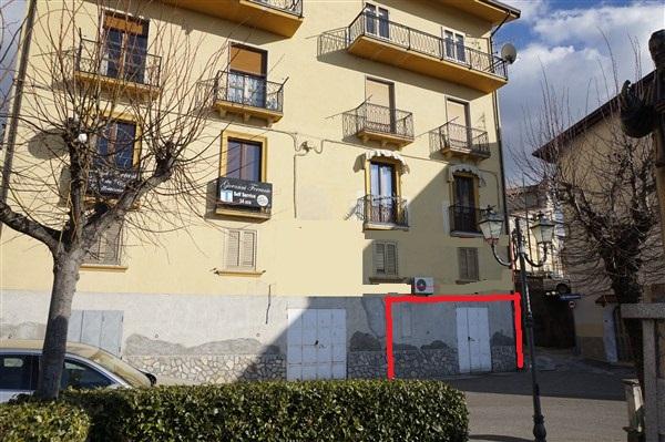 Laboratorio in affitto a Spezzano della Sila, 9999 locali, prezzo € 300 | CambioCasa.it