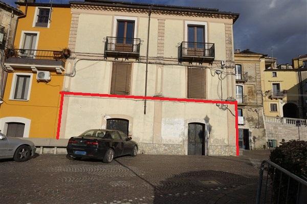 Negozio / Locale in affitto a Spezzano della Sila, 9999 locali, prezzo € 350   CambioCasa.it