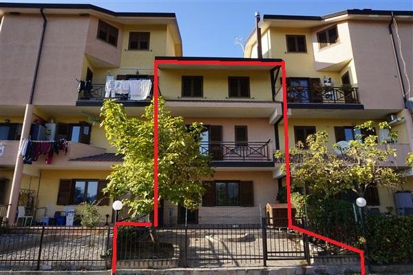 Villa in Vendita a Spezzano Piccolo