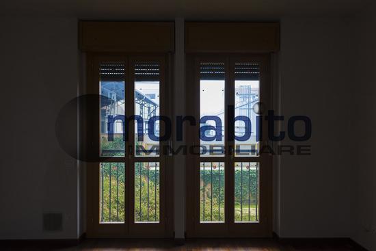 Bilocale Milano Via Barnaba Oriani 5