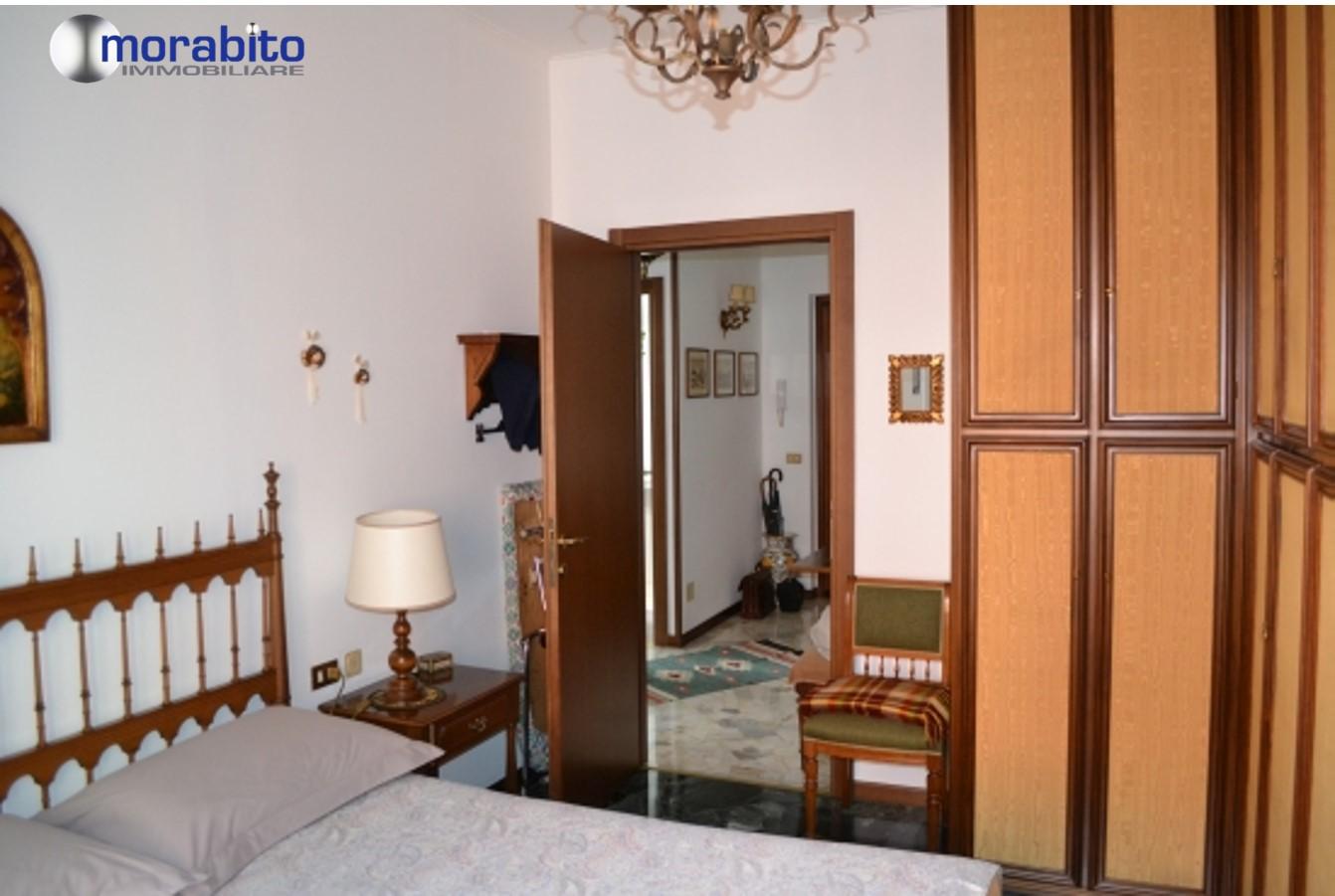 Bilocale Milano Via Marco Ulpio Traiano 5