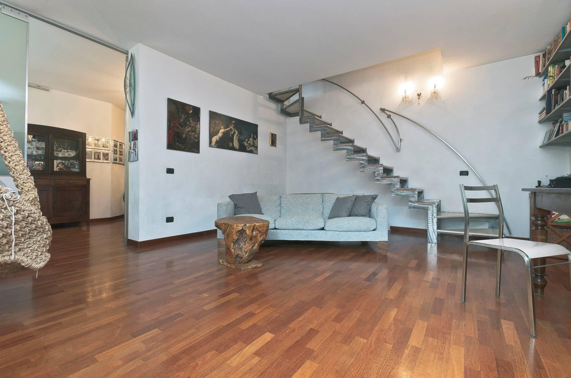 Appartamento in vendita a Milano, 3 locali, zona Località: Accursio, prezzo € 365.000 | CambioCasa.it