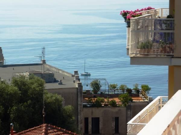 Appartamento in vendita a Arenzano, 3 locali, zona Località: Terrarossa, prezzo € 320.000 | Cambio Casa.it