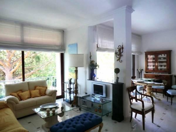 Appartamento in vendita a Arenzano, 5 locali, zona Località: PinetadiArenzano, prezzo € 489.000 | Cambio Casa.it
