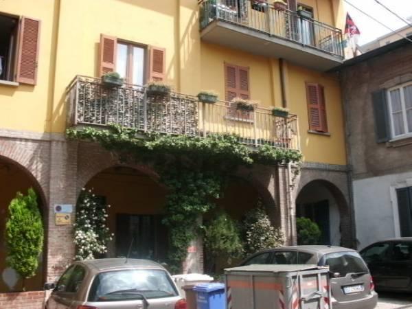 Appartamento in affitto a Limbiate, 2 locali, zona Località: VillaggiodeiGiovi, prezzo € 500 | Cambio Casa.it