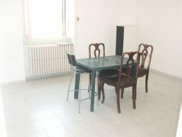 Appartamento in vendita a Limbiate, 2 locali, prezzo € 58.000 | Cambio Casa.it