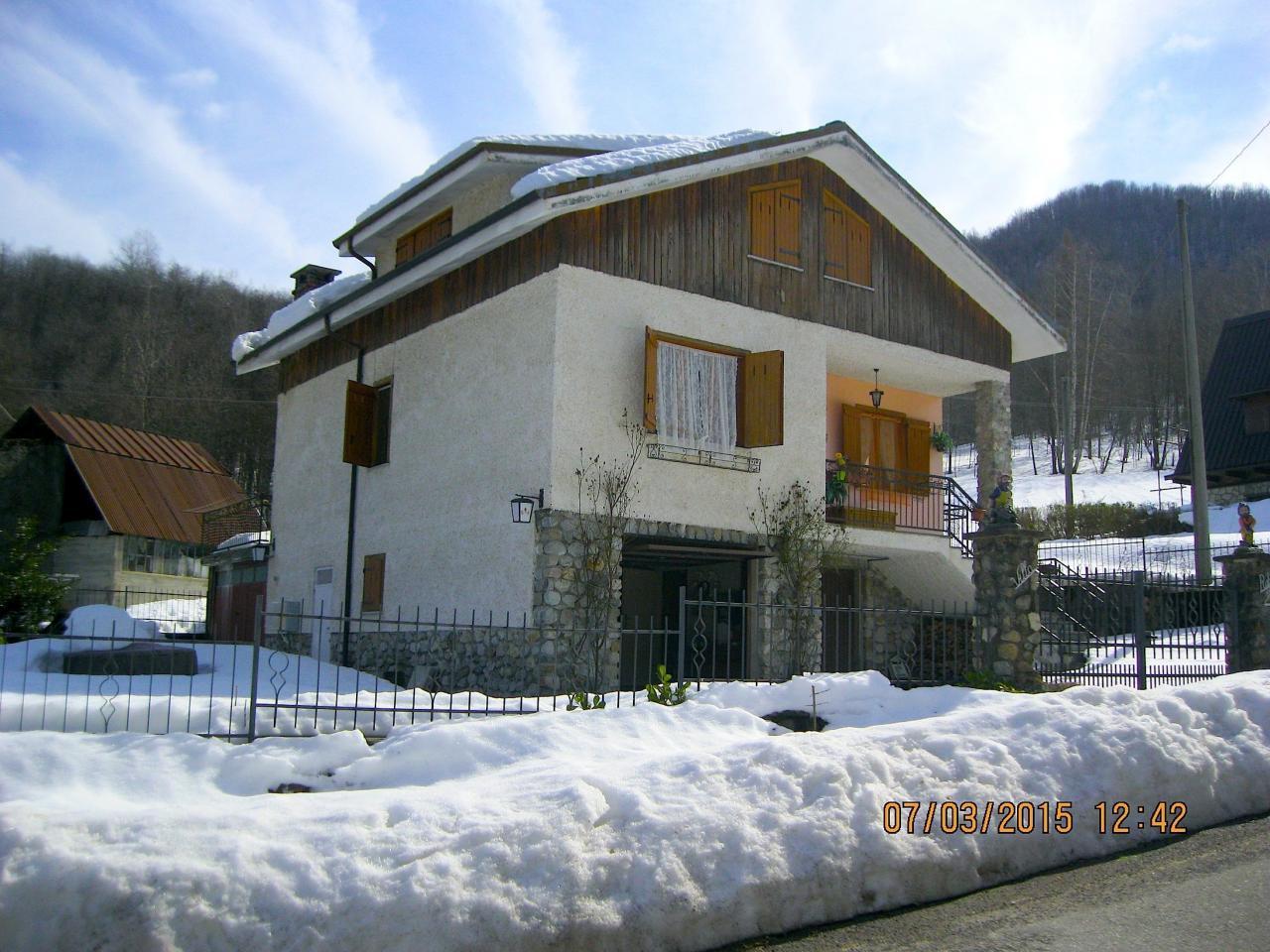Villa in vendita a Roccaforte Mondovì, 10 locali, zona Zona: Lurisia, prezzo € 128.000 | Cambio Casa.it