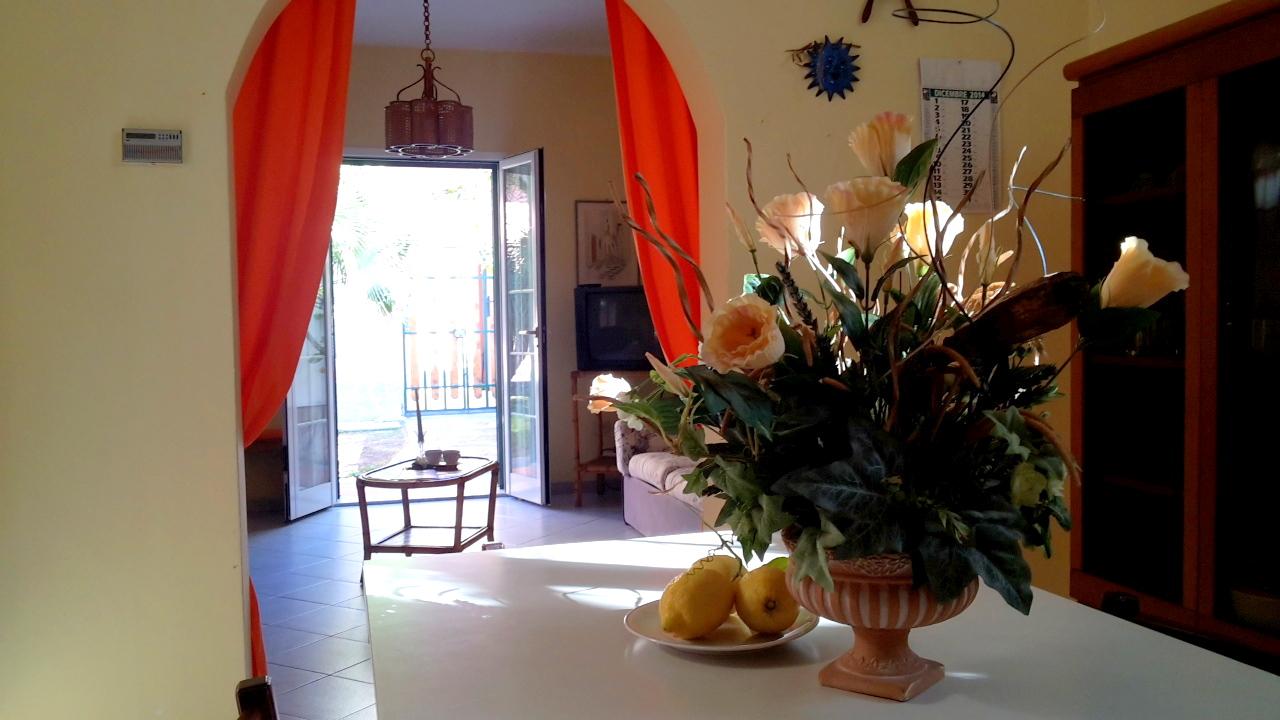 Villa in vendita a Ceriale, 5 locali, prezzo € 440.000 | Cambio Casa.it
