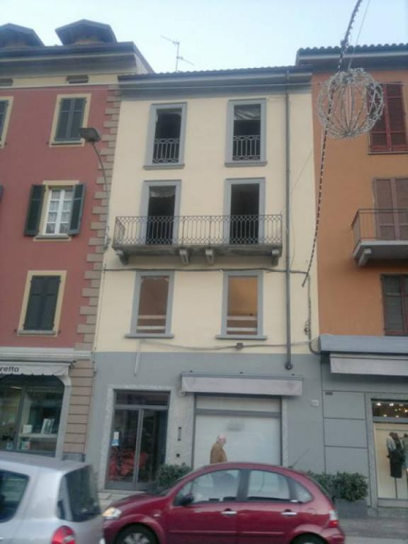Bilocale Como Via Mialno 1