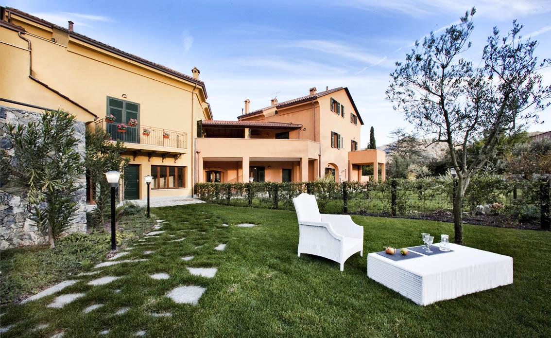 Appartamento in vendita a Garlenda, 2 locali, prezzo € 195.000 | CambioCasa.it