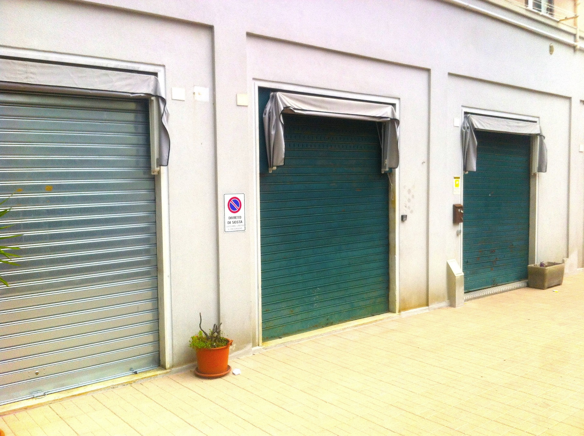 Attività / Licenza in affitto a Genova, 9999 locali, zona Località: Molassana, prezzo € 1.350 | Cambio Casa.it