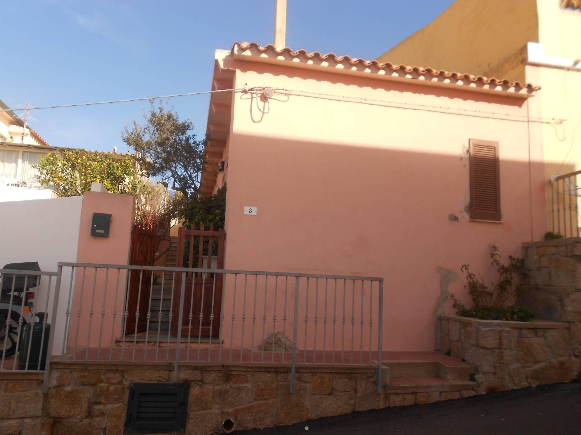 Bilocale Santa Teresa Gallura Via Cagliari 1