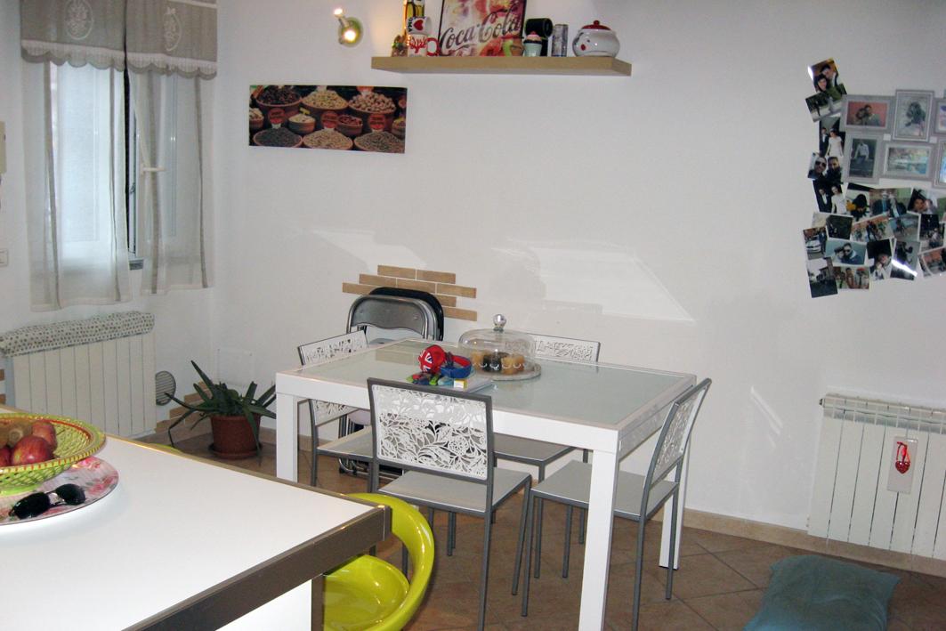 Bilocale Villasanta Via Mazzini 5