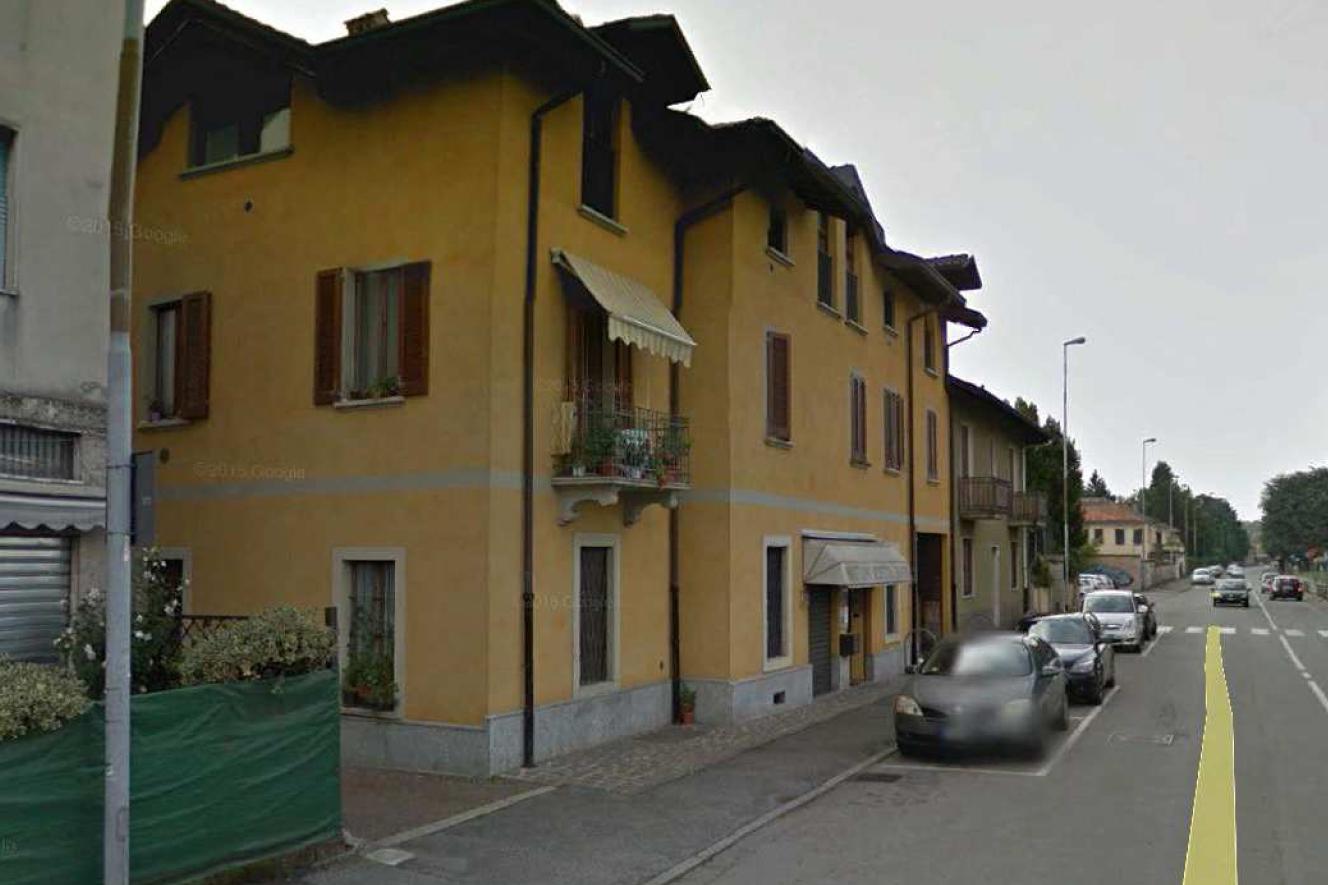 Bilocale Arcore Via Cesare Battisti 3