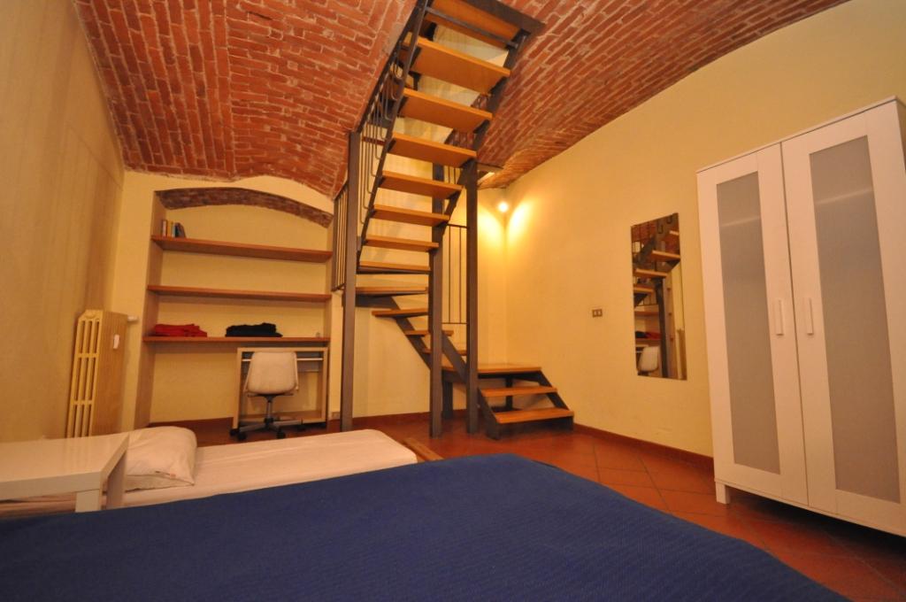 Bilocale Milano Via Francesco Guicciardini 8