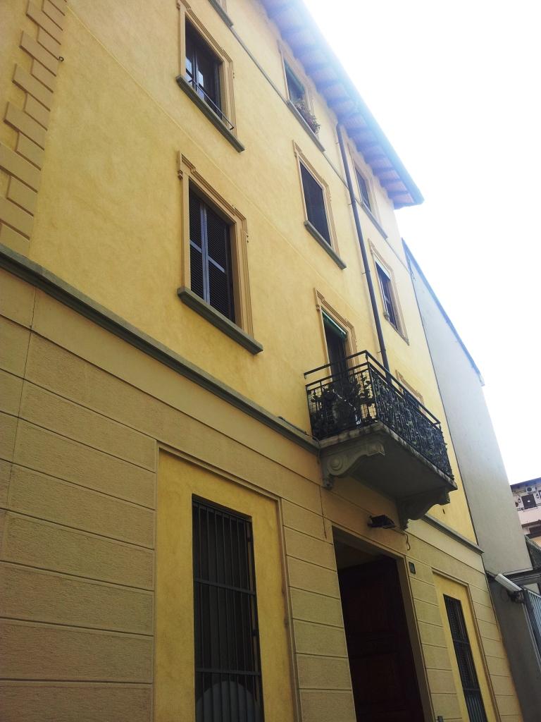 Bilocale Milano Via Pietro Pomponazzi 10