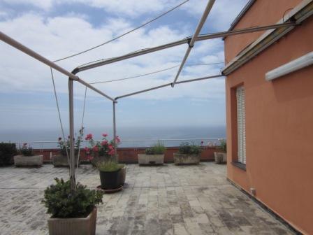 Appartamento in vendita a Varazze, 3 locali, zona Zona: Castagnabuona, prezzo € 380.000 | Cambio Casa.it