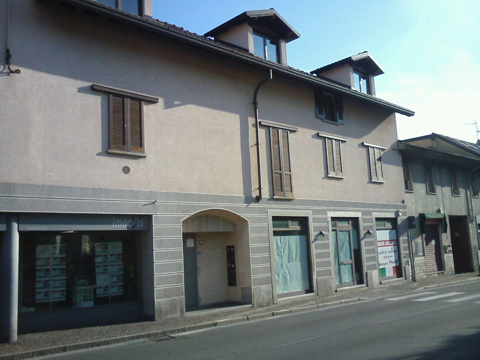Appartamento in Vendita a Barlassina: 3 locali, 78 mq