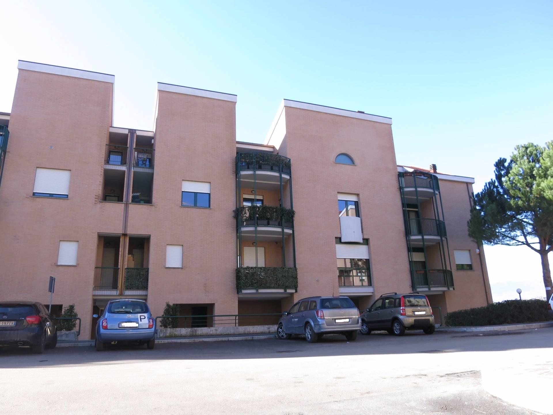 Bilocale L Aquila Via Solaria 3