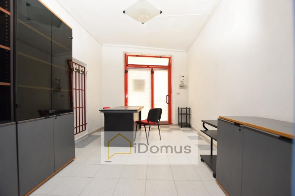Negozio / Locale in vendita a Pisa, 9999 locali, zona Località: QuartiereS.aMaria, prezzo € 40.000 | CambioCasa.it