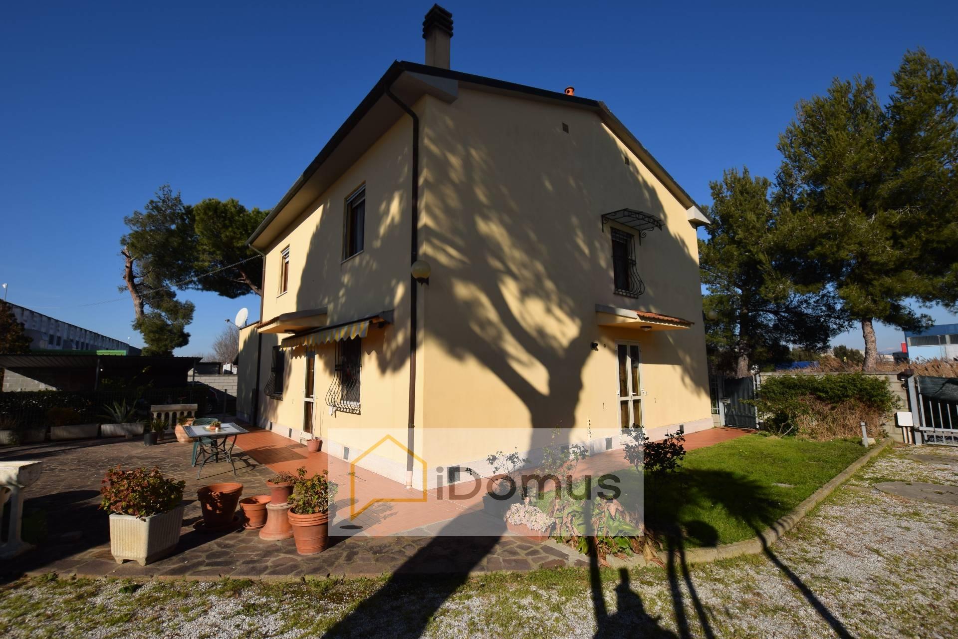 Rustico / Casale in vendita a Pisa, 9 locali, zona Zona: Ospedaletto, prezzo € 430.000 | CambioCasa.it