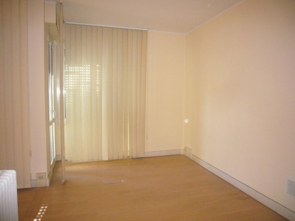 Appartamento affitto PESCARA (PE) - 7 LOCALI - 100 MQ