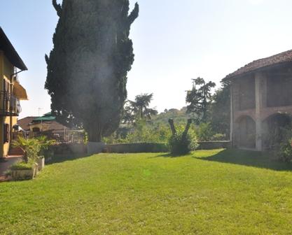 Rustico / Casale in vendita a Montemagno, 9 locali, prezzo € 100.000   Cambio Casa.it