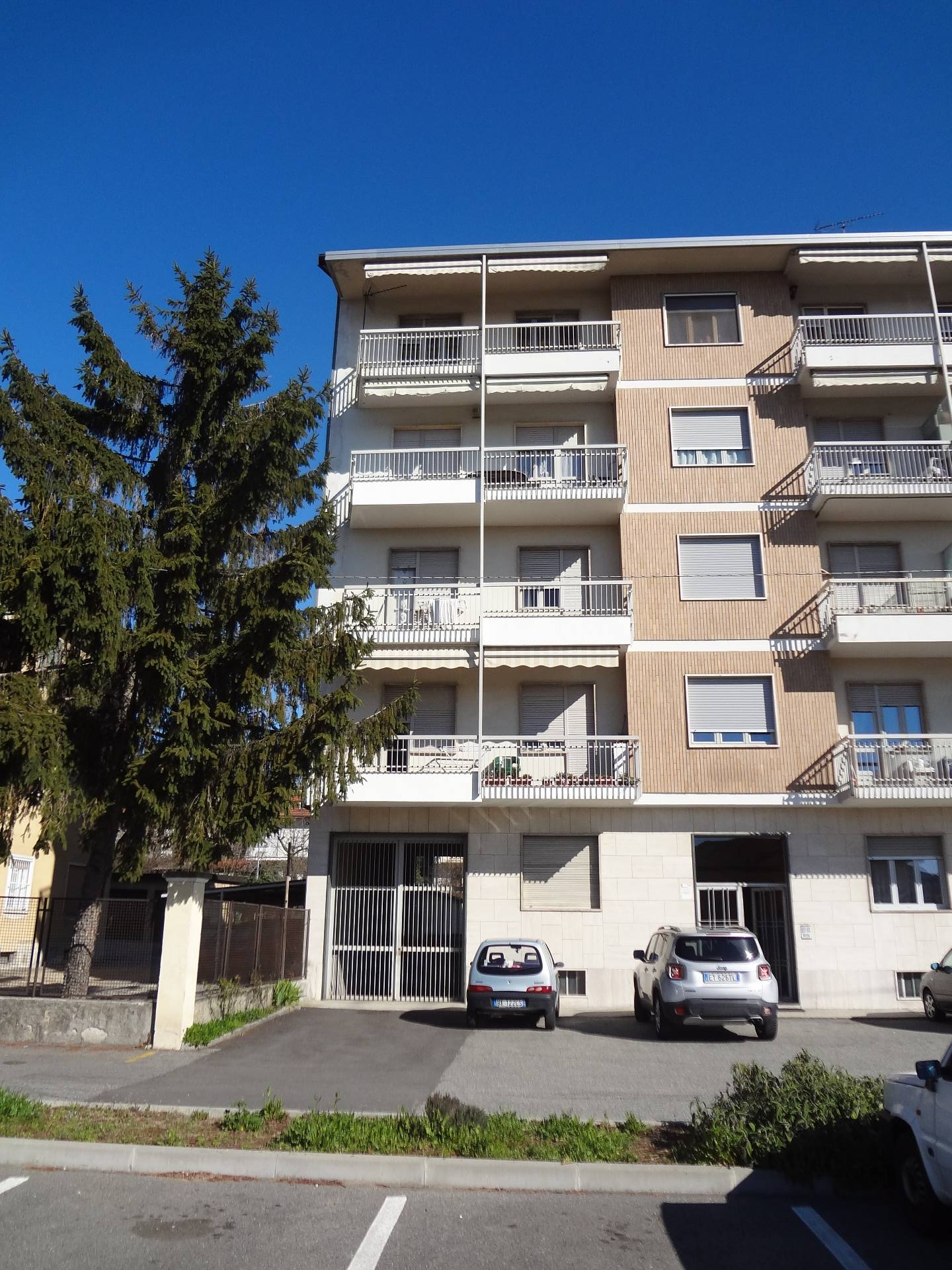 Box / Garage in vendita a Rivoli, 9999 locali, prezzo € 35.000   Cambio Casa.it