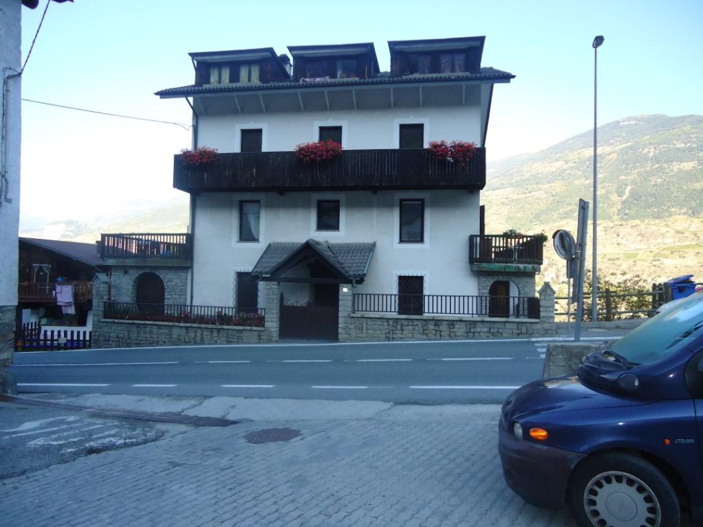 Bilocale Aymavilles Località Micheley 5