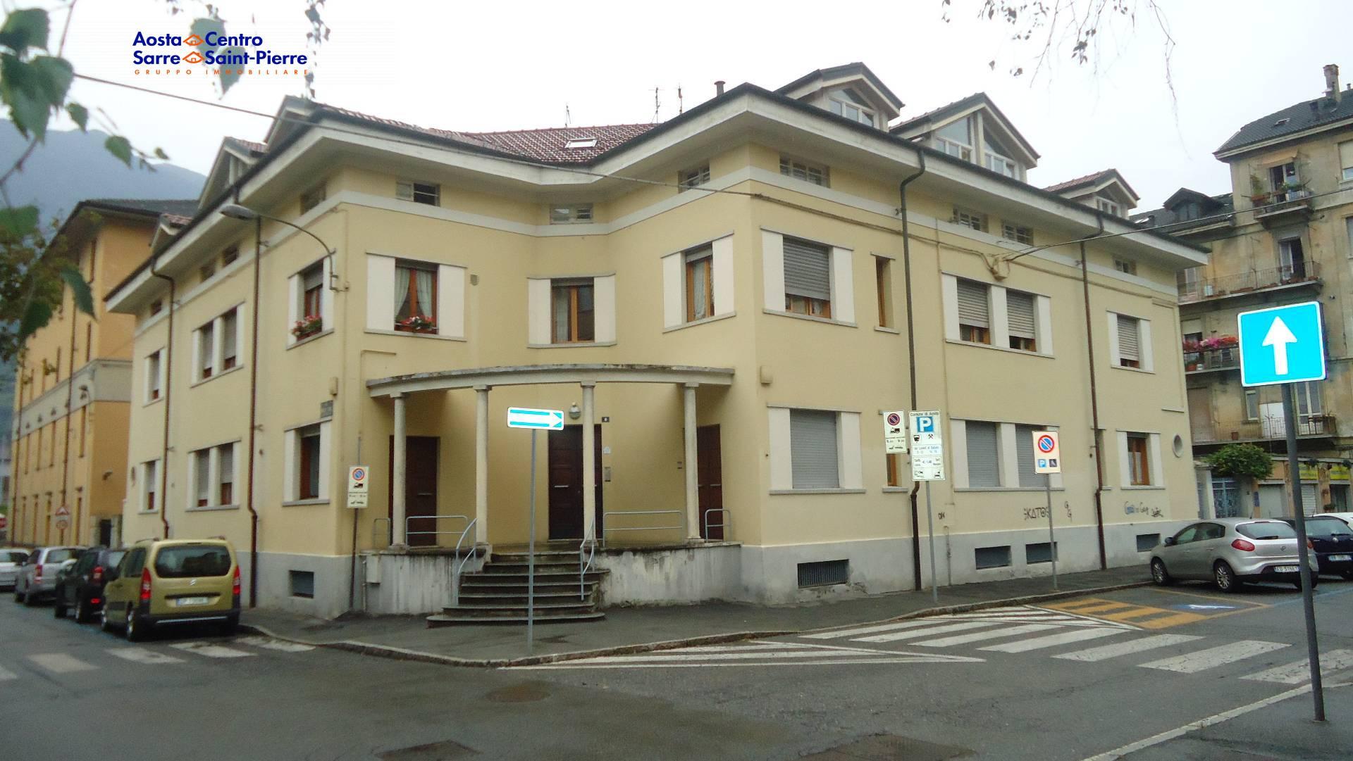 Bilocale Aosta Via De L Archet 1