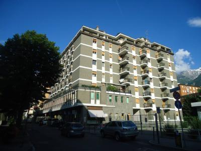 Vai alla scheda: Locale Commerciale Affitto Aosta